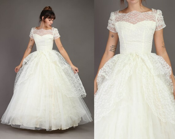 50s IVORY + PRINCESS gown XS S / tiered lace gown