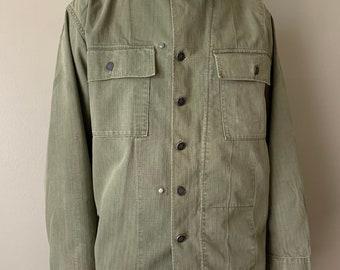 1940s WWII Herringbone Twill US Army Field Jacket / vintage antique hbt shirt 13 star buttons size medium 1942 sage green light shade
