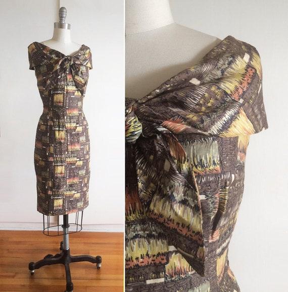Vintage 1950s Sheath Dress w/ Bow Tie Portrait Col