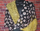 Yellow Black Lace Twisted Wrap