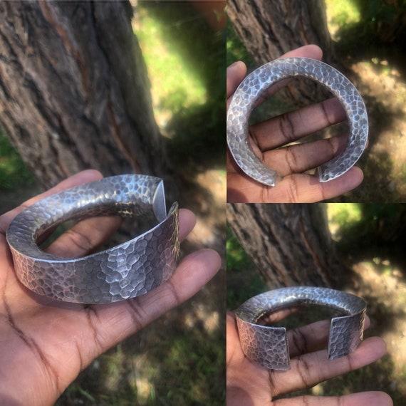 Hill Tribe Silver Cuff / Karen Silver Bracelet / T