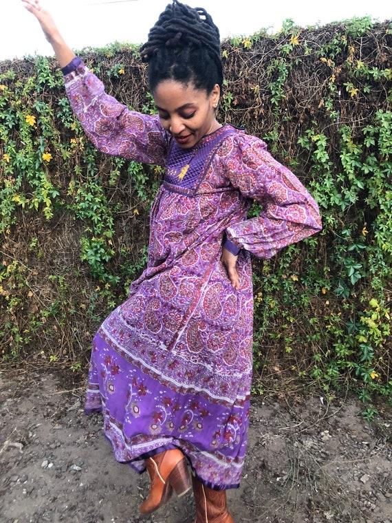 Vintage Indian Peasant Dress / 70's DEADSTOCK Dres