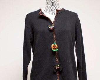 Vintage Women's Halloween sweater cardigan with black cat, pumpkin and bat decor by Lemon Grass size Large