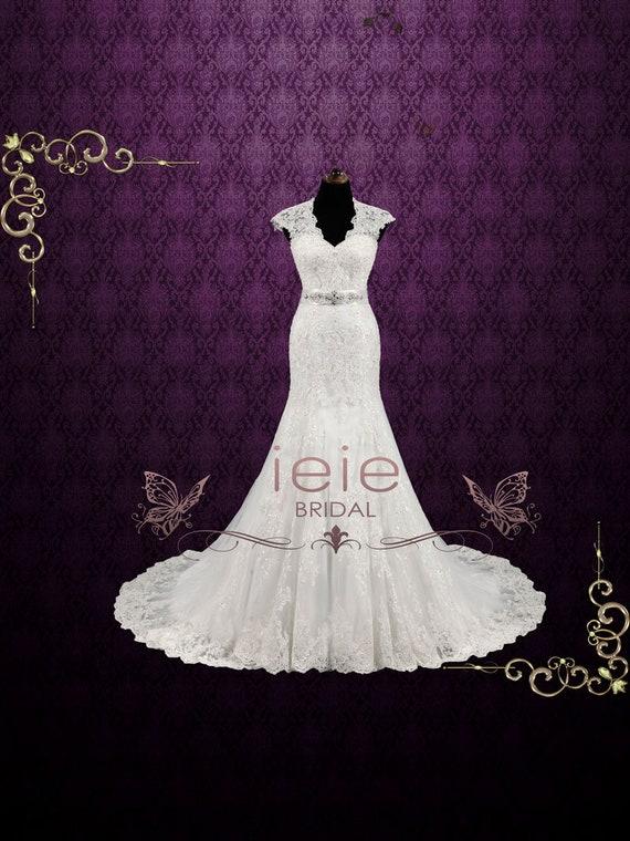 Vintage Style Lace Keyhole Back Wedding Dress Classic Wedding | Etsy