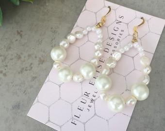 Freshwater Pearl Earrings, Pearl Earrings, Beaded Earrings, Pearl Chandelier Earrings, Gift for Her, Bridal Earrings, Gold Earrings
