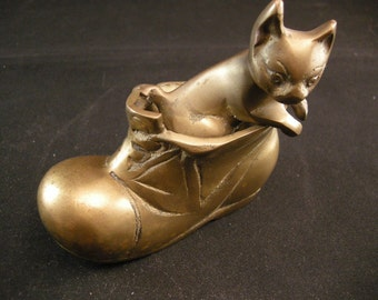24c90a0dd Vintage Puss in Boot Brass Figurine, Collectible Brass Cats, Cat  Collectibles, Metal Cat Collectibles, Kitty Kats, Brass Decor, **USA ONLY**