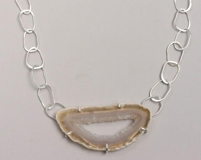 Tan Ocho Agate Geode Necklace