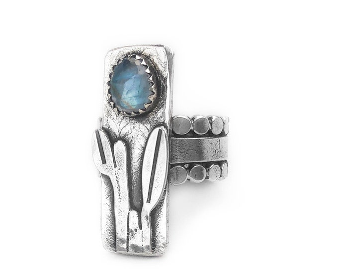 Sterling Silver Rainbow Moonstone Statement Ring - Size 6