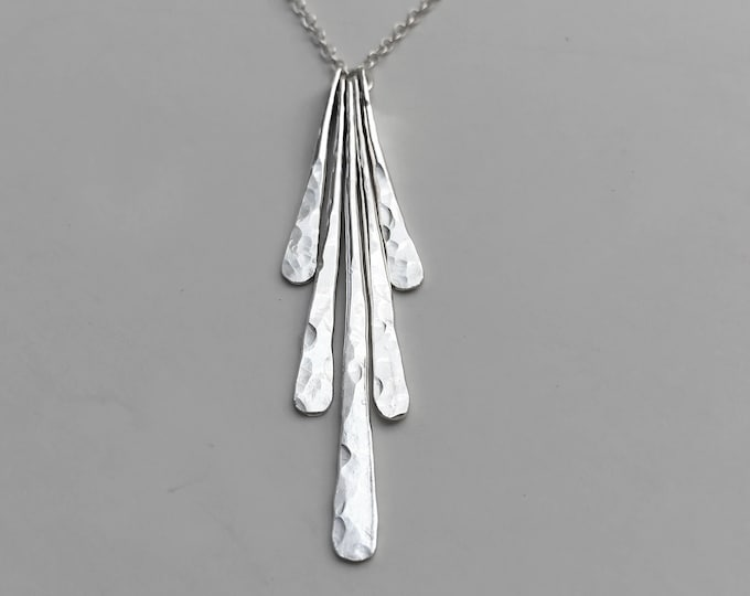 Hammered Bars Fan Necklace