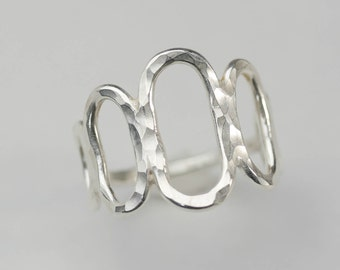 Hammered Silver Ovals Ring