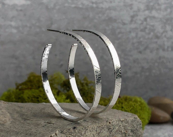 Leaf Textured Hoop Earrings