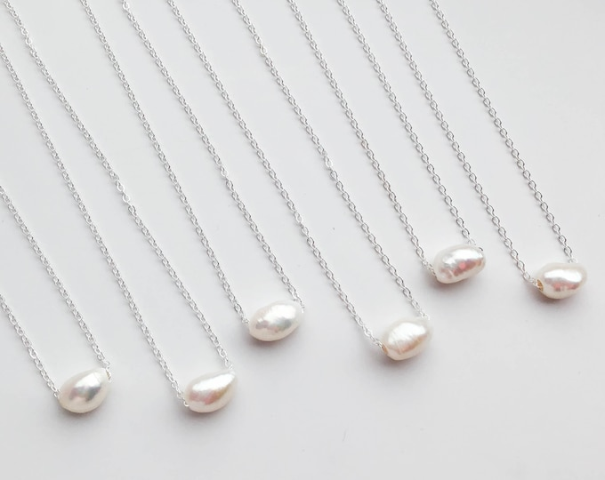 Sliding Freshwater Pearl Necklace