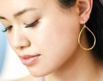 Julie Earrings- Gold Hoops  - Gold Hoop Earrings - 18k Gold Earrings - Oval Teardrop Earrings