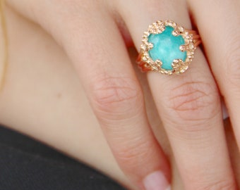 Vivid Cerulean Amazonite Gemstone Ring, Princess Style Filigree, Vintage Style band with Sky Blue Stone