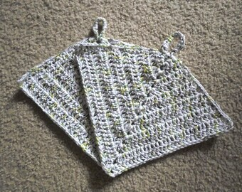 Potholder - Crochet Potholder - Made of Cotton Selfstriping in White and a Mix of Green Shades