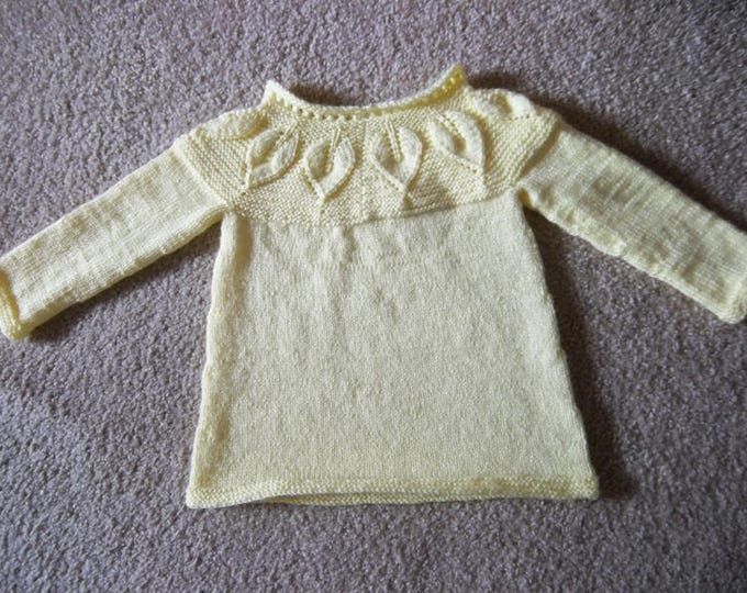 Handknitted Sweater with Leaf Pattern for a Child 5-6 years old - Boy or Girl - Color Yellow