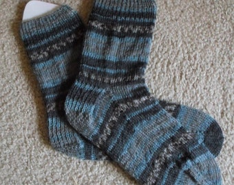 Socks - Handknitted Socks for Men or Unisex - Selfstriping in Mixed Colors of Gray, Dark Gray, and Blue