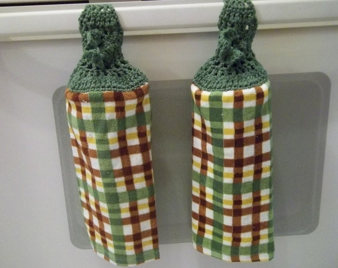 Towel - Kitchen Towel with Crochet Towel Topper - Checkered in Fall Colors