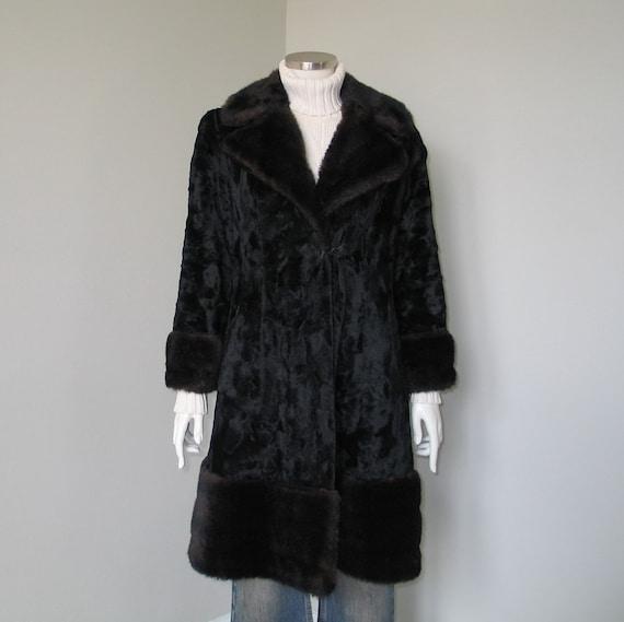Vintage 1960s 1970s Two Tone Black Brown Faux Fur… - image 9