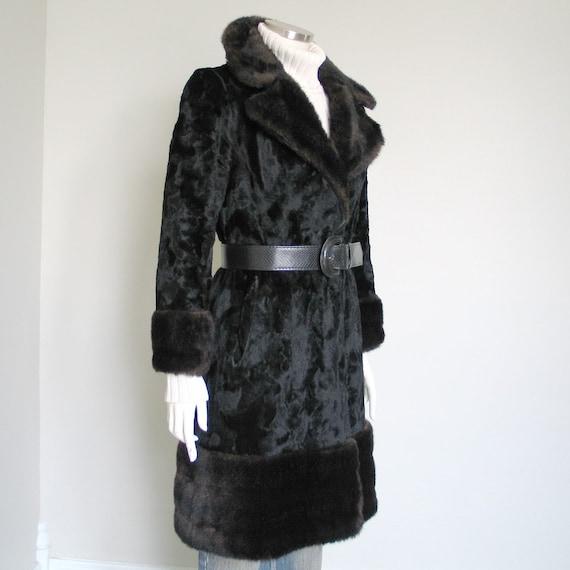 Vintage 1960s 1970s Two Tone Black Brown Faux Fur… - image 2