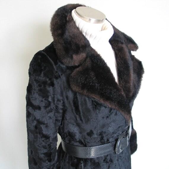 Vintage 1960s 1970s Two Tone Black Brown Faux Fur… - image 7
