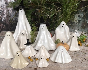 Ghost Figurine, Made to Order. Handmade Halloween Decoration. Halloween Table Decoration. Spooky Ghost Family.