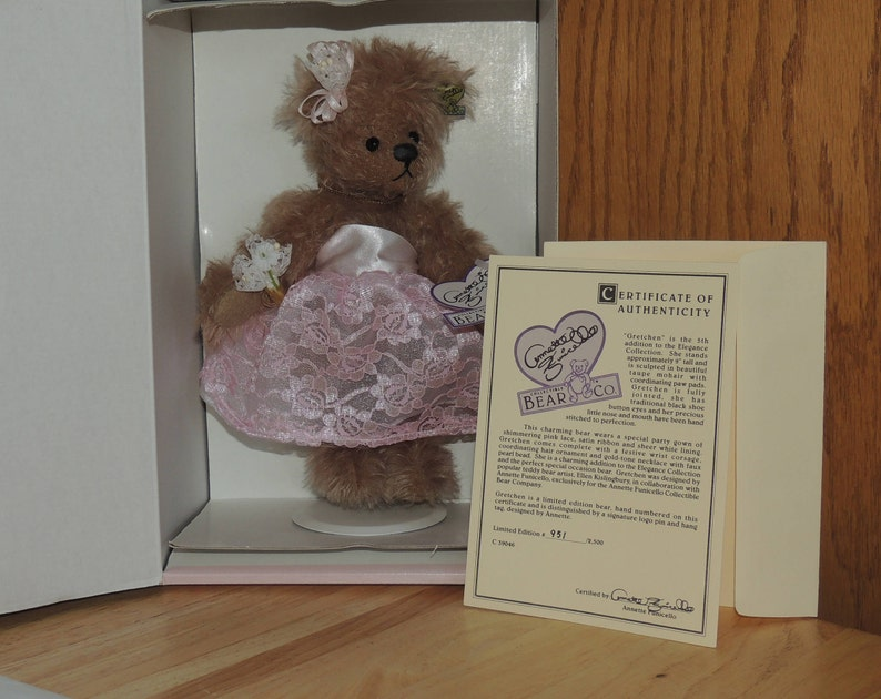 Bears Annette Funicello Collectible Bear Co.with Lace Collar And Heart Pin Without Return Annette Funicello