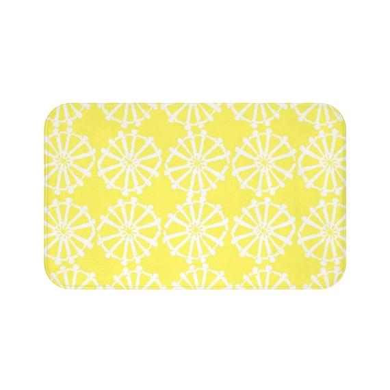 Lemon Yellow Bath Mat . Yellow and White Bath Mat  . Wheel Bathroom Rug . Yellow Shower Mat