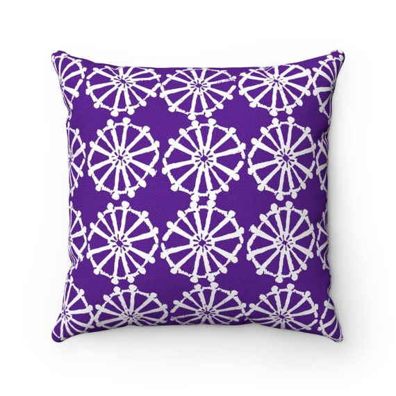 OUTDOOR Throw Pillow . Violet Outdoor Pillow . Purple patio cushion . Modern Geometric Pillow Wheel . 16 18 20 inch . Purple Lumbar Pillow