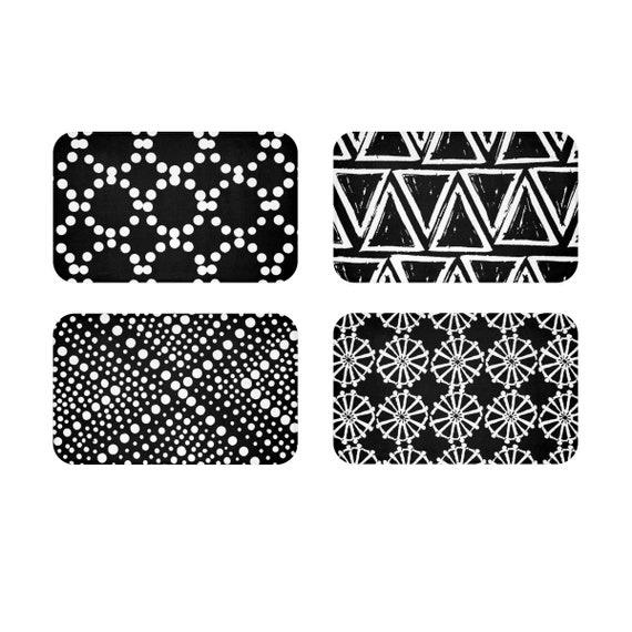 Black Bath Mat . Black and White Bath Mat  . Geometric Bathroom Rug . Black and White Shower Mat