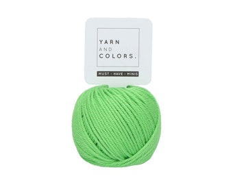 082 Grass - Yarn and Colors Must Have Mini - Green Cotton Yarn - Fine (2)