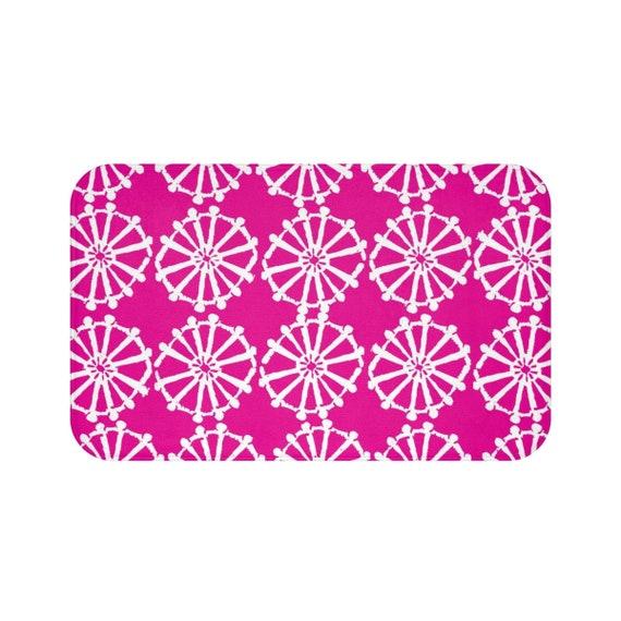 Magenta Bath Mat . Hot Pink and White Bath Mat  . Wheel Bathroom Rug . Pink Shower Mat