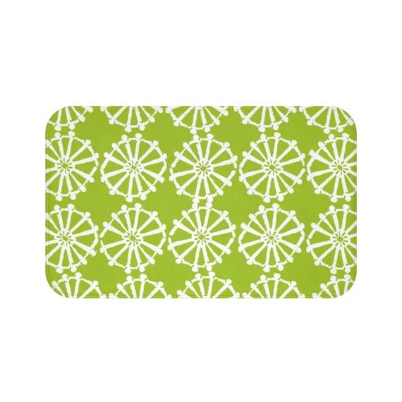 Lime Green Bath Mat . Lime and White Bath Mat  . Wheel Bathroom Rug . Green Shower Mat