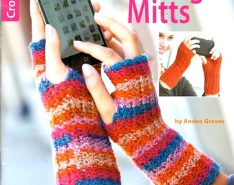 Texting Mitts Fingerless Gloves Striped Shells Cables Crochet Craft Pattern Leaflet Leisure Arts 5938