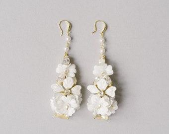 Ivory Pearl Dangle Bridal earrings, Crystal Floral Chandelier Statement earrings, Bridal Wedding Jewellery, Bridesmaids Gift - Style 820