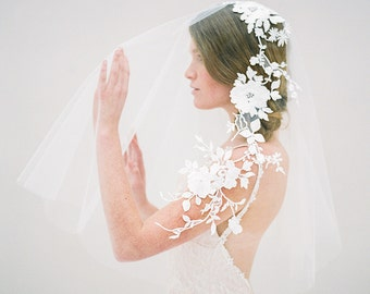 Short Ivory Embroidered Wedding Veil, Modern Nature Inspired Blusher Bridal Veil, Romantic Elbow Floral Circle Veil - Style 617