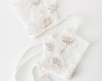 Fingerless Bridal Gloves, Crystal beaded Lace Bridal Gloves, Lace Wedding Gloves - Style 517