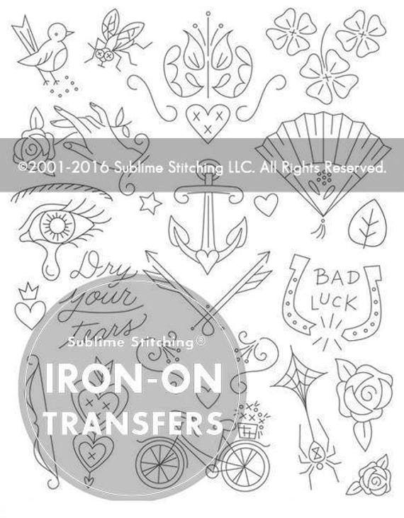 Las esquinas del pañuelo hierro en mano bordado patrones de
