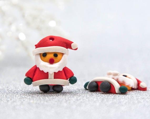 Polymer Clay Christmas Charms.Santa Claus Pendant 10pcs 23x25mm Polymer Clay Christmas Charms Red Santa B2069