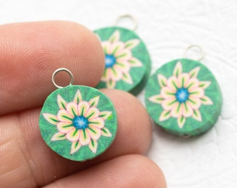 3   Clay  Charms, Flower Anklet  Charms,  Green Fimo Pendants,  Jewelry   Supply -B2173
