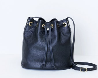 6521fe92f Black Leather Bucket Bag   Drawstring Crossbody Purse   Leather Drawstring  Shoulder Bag