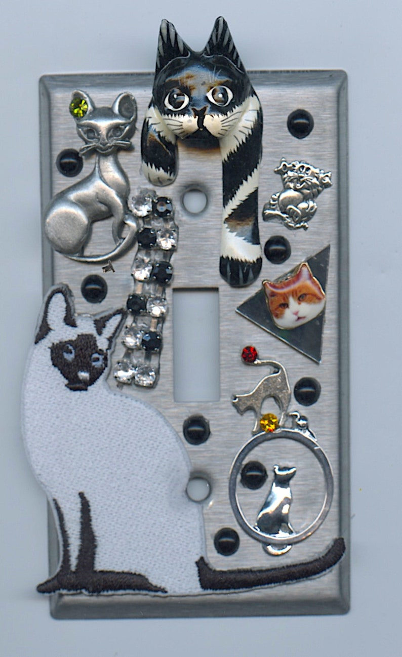 Cat Theme Light Switch Cover #8 With Vintage Collectibles & Charms  Rhinestones