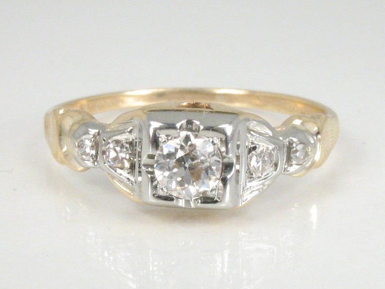 Old World Diamond Antique Solitaire Wedding Engagement Ring  image 0