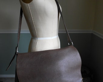Eddie Bauer Pebbled Leather Brown Saddle  Bag /  Huge Shoulder Bag