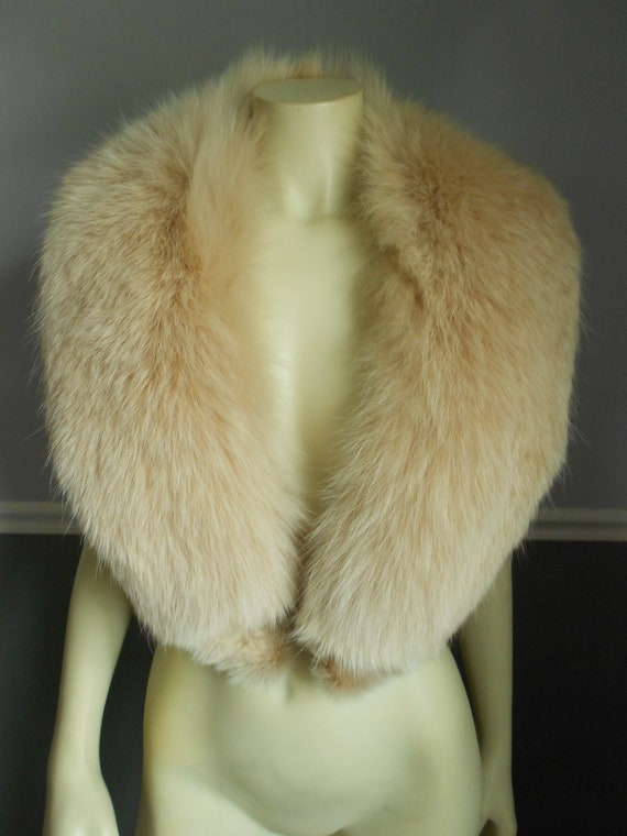 Fox Fur Collar / Rare Blush Color