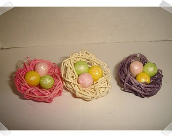Easter Eggs/Nest Ornament Decoration/ Set of 3/ Holiday Decor/ Craft Supplies*