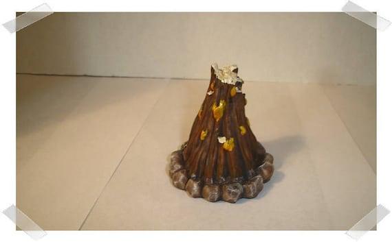 Miniature Dollhouse FAIRY GARDEN Furniture ~ Tan Resin Fish Fountain  ~ NEW