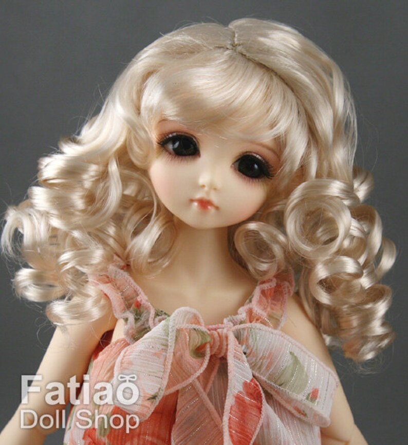 BLONDE 4 New All Same Synthetic Doll Wigs Size 7-8 Color