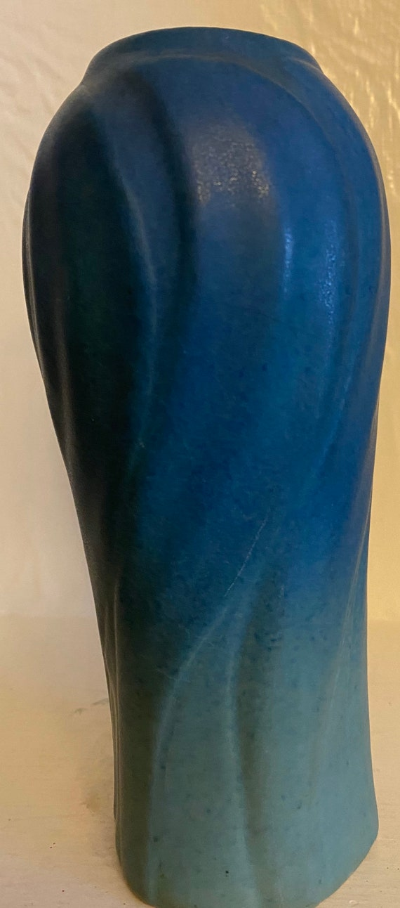 Van Briggle Pottery  Vase Leaves Shape 824 Turquoise USA 1920
