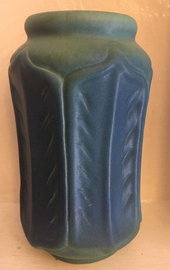 """Van Briggle Pottery USA 1920s 8"""" VASE #852 Mulberry~Tobacco leaves"""